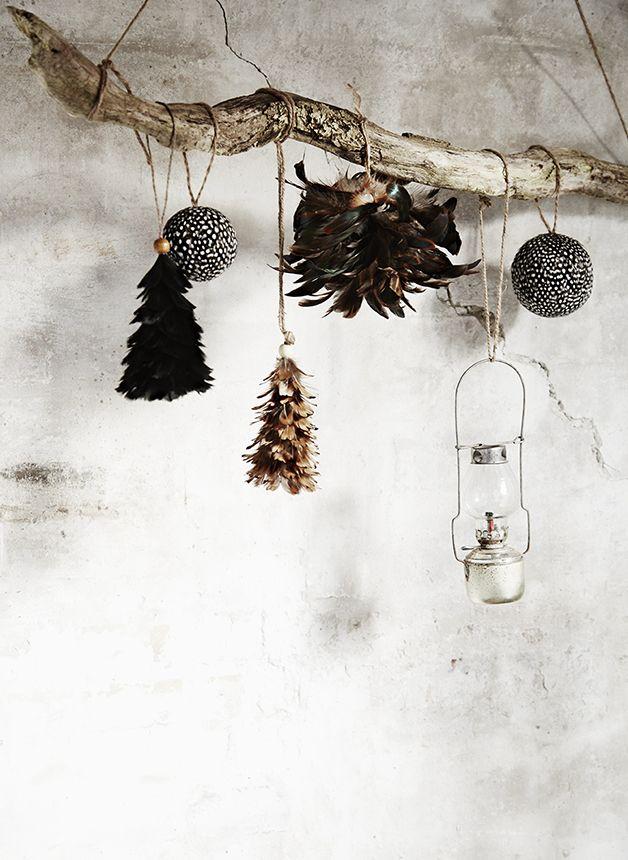 Vánoční ozdoba z peří Feather