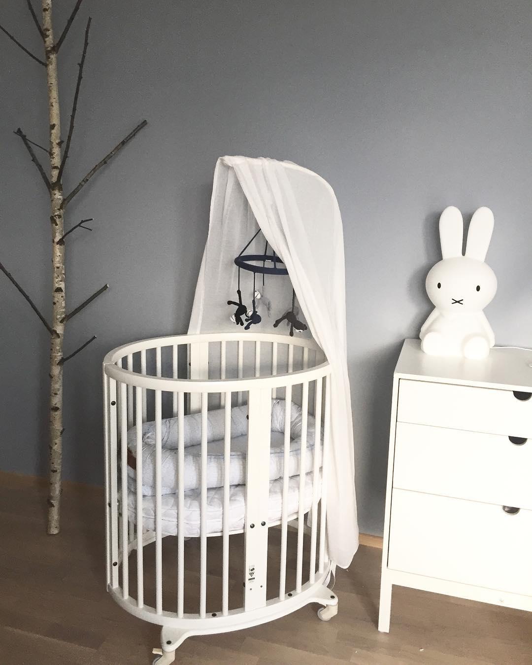 Designová lampa Miffy ve tvaru králíčka