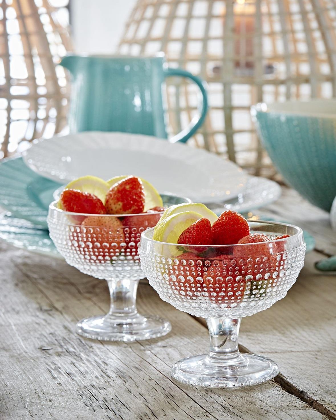 Skleněný pohárek na zmrzlinu