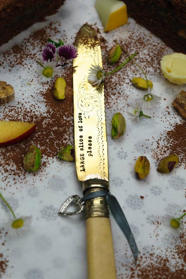 Postříbřený nůž na dort Slice Of Love