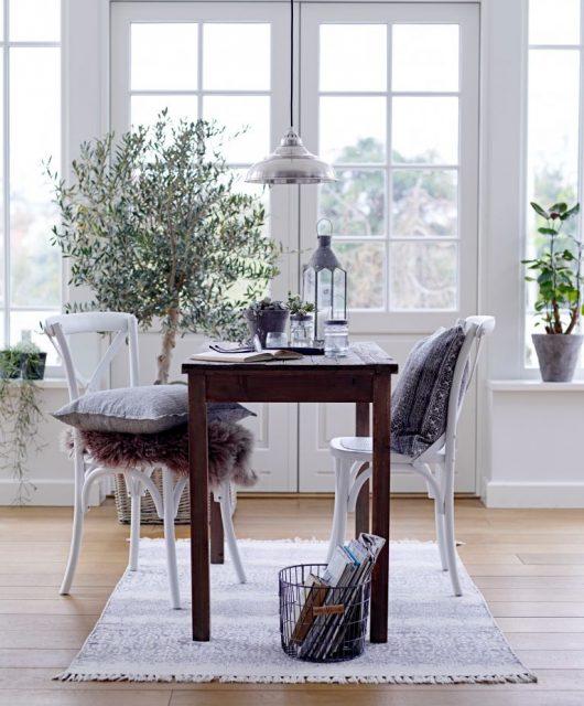 Dřevěná židle Provence