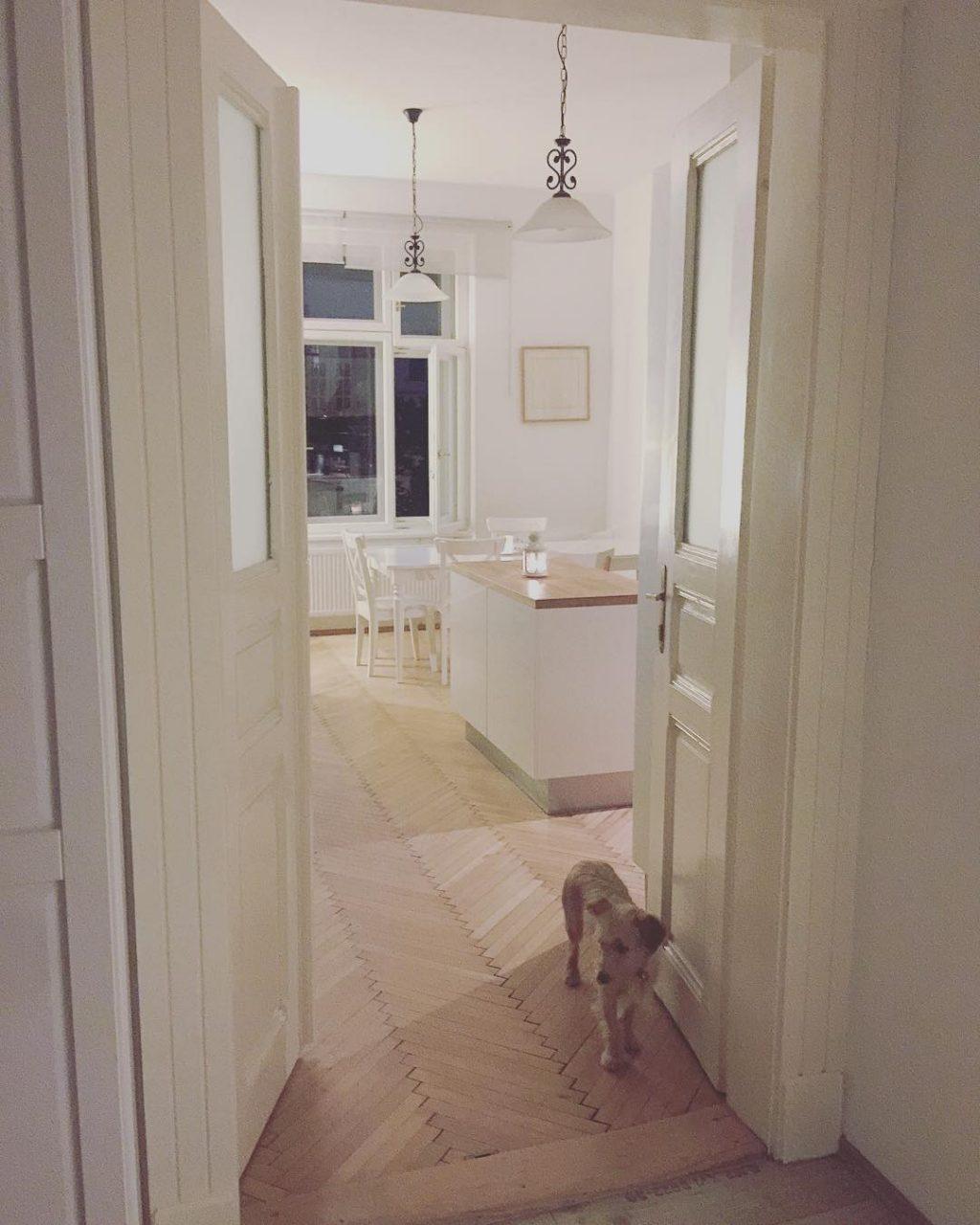 Krásná minimalistická domácnost