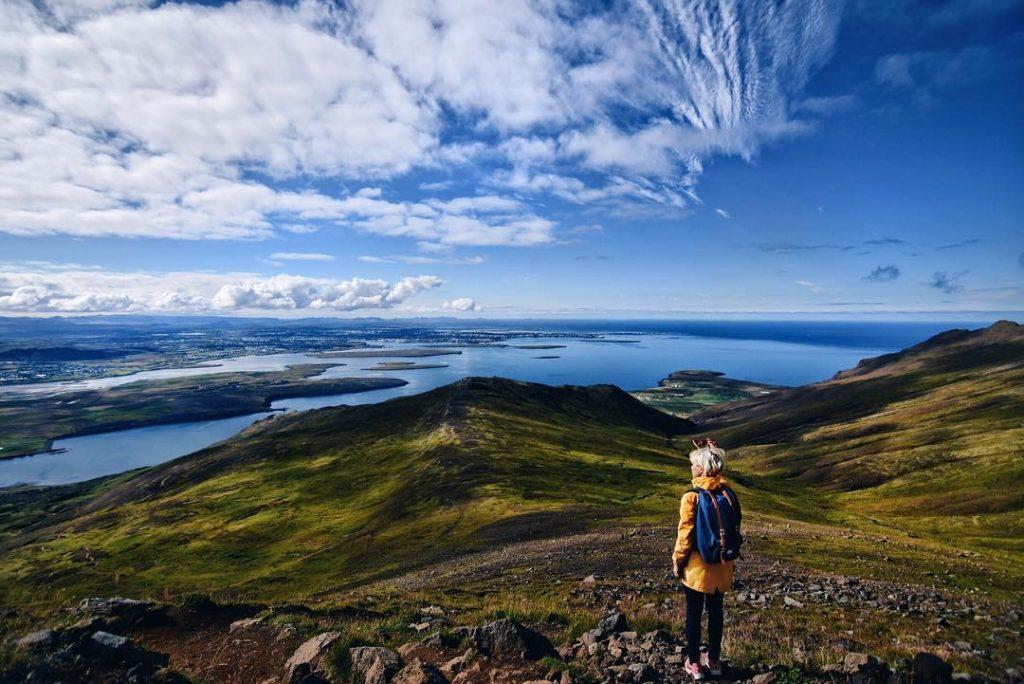 Janina a úžasný pohľad na Reykjavík
