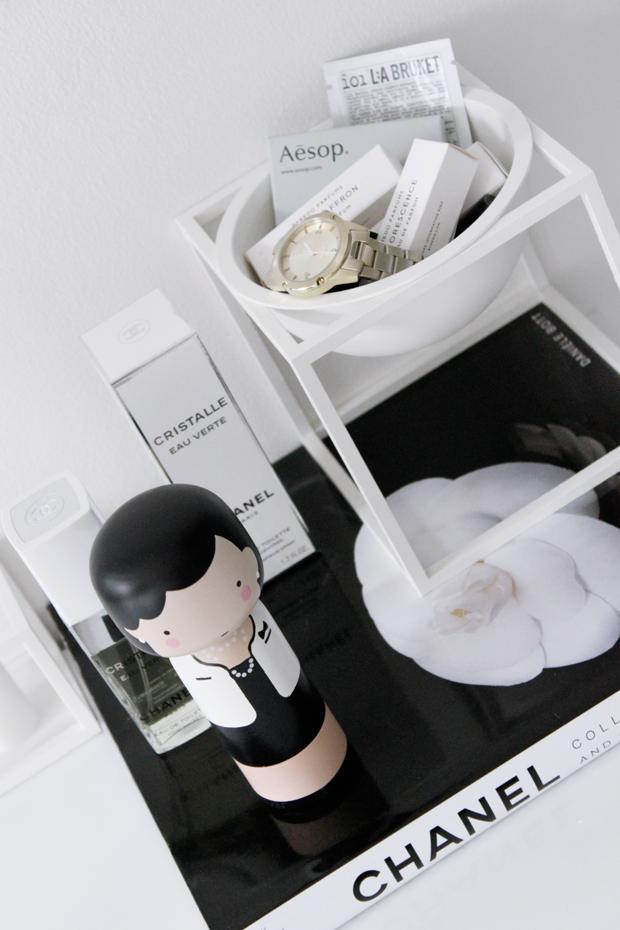 Skandinávské dřevěné dekorace. Kokeshi panenky.