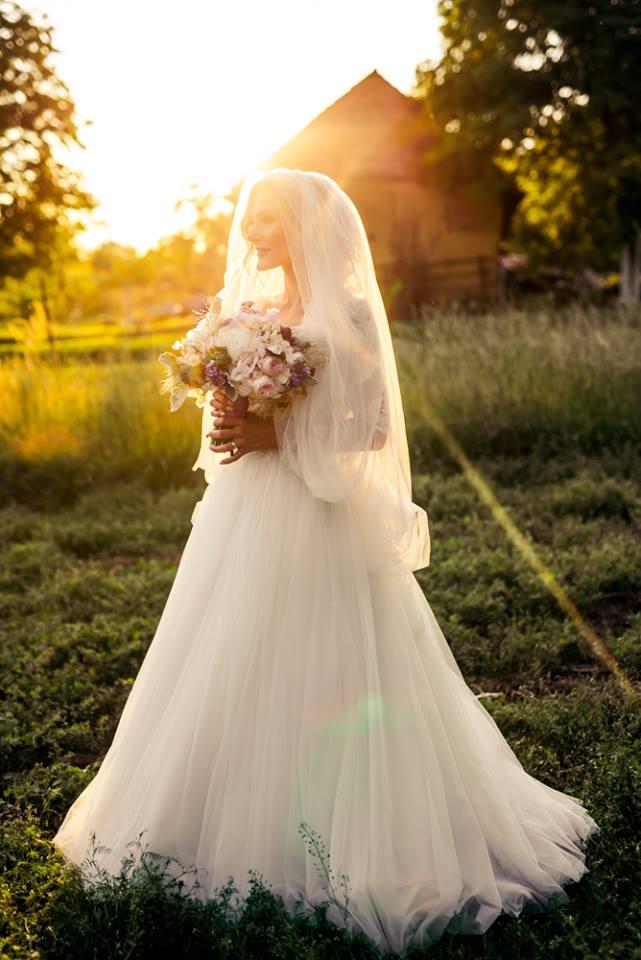 Nevesta Jitka - Sonka Skerik ako svadobná štylistika aj fotografka