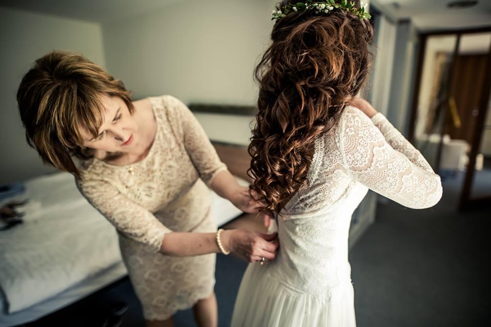 Svadobný deň od rána až do večera - nevesta Jana by Sonka Skerik