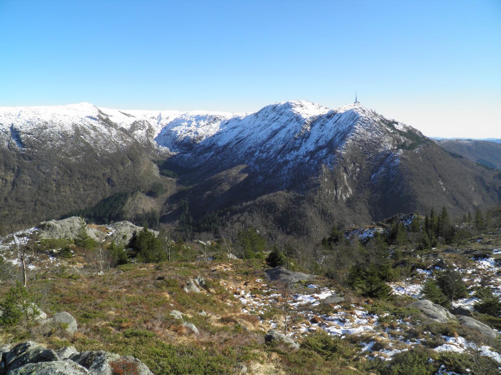 Bergen leží mezi sedmi horami