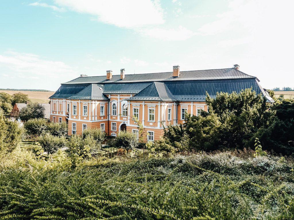 Už jste navštívili zámek Nové Hrady? Že ještě ne? Tak si ho určitě přidejte na svůj travel list :)