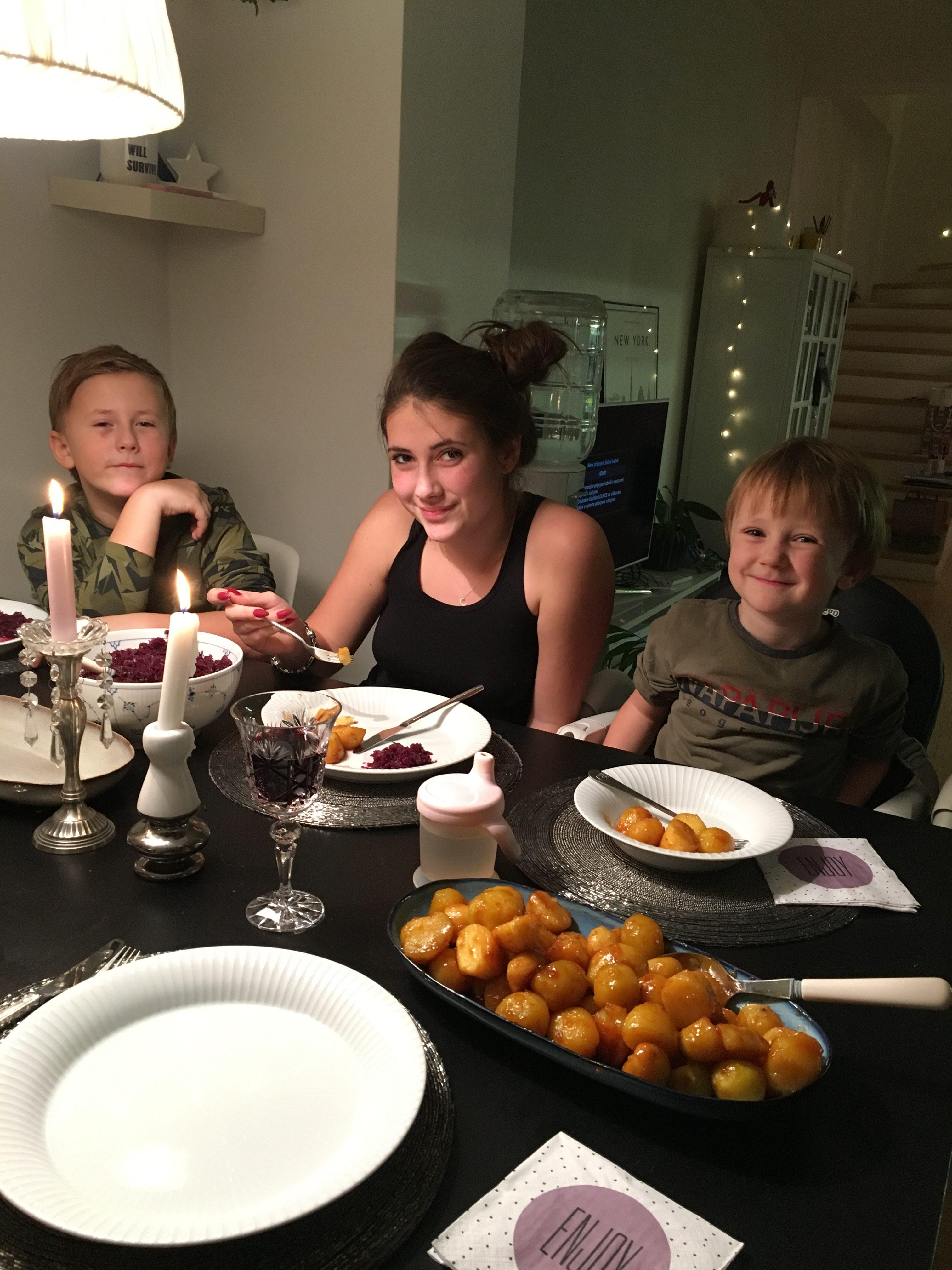 Majitelka Bella Rose Martina vaří dánskou kachnu pro svou rodinu každý rok den před Štědrým dnem