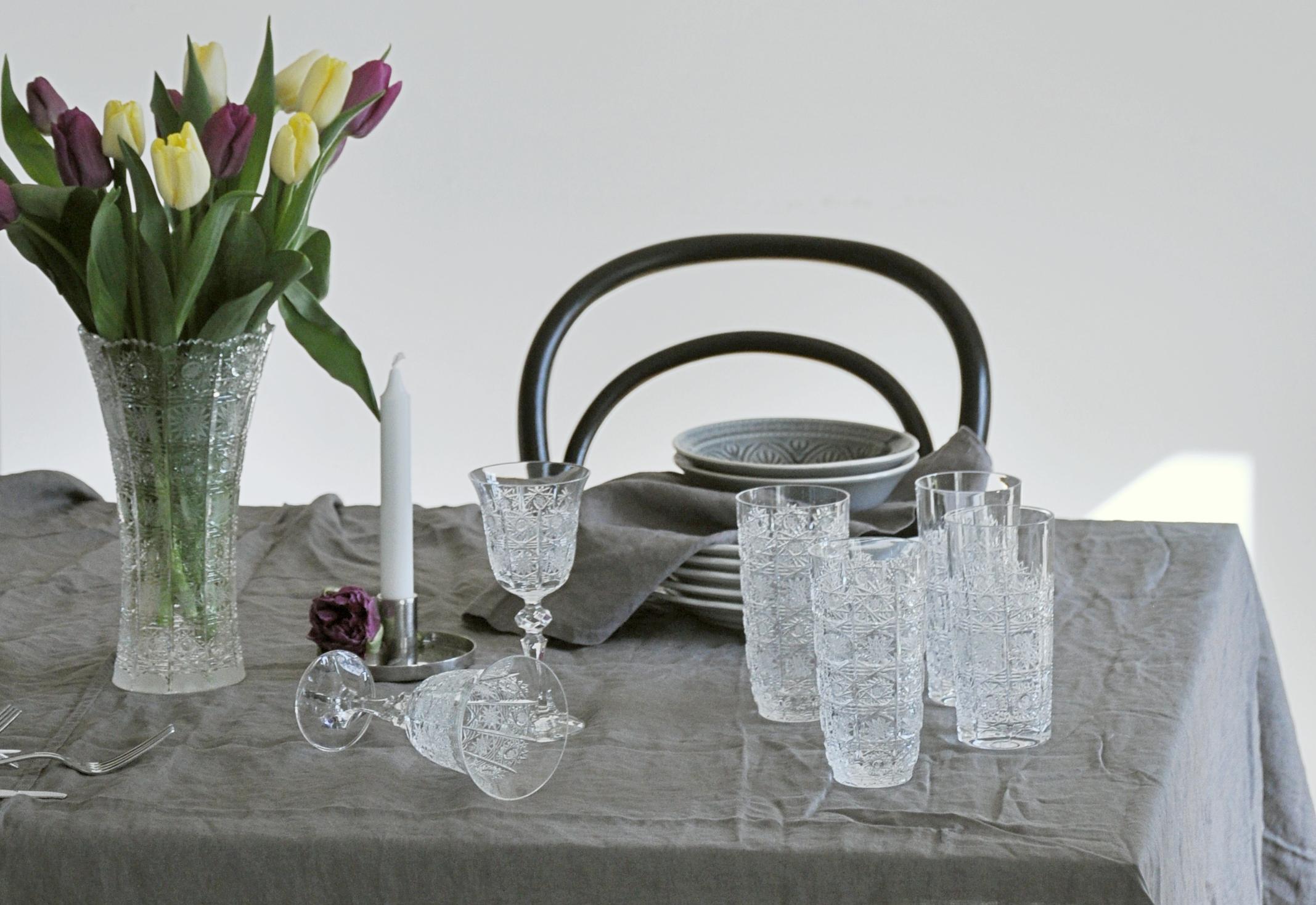 České brúsené sklo, ktoré sa bude dediť z generácie na generáciu - tomu hovoríme svadobný dar!