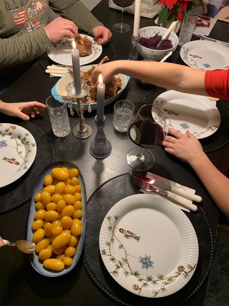 slavnostní večeře u Svadbíků