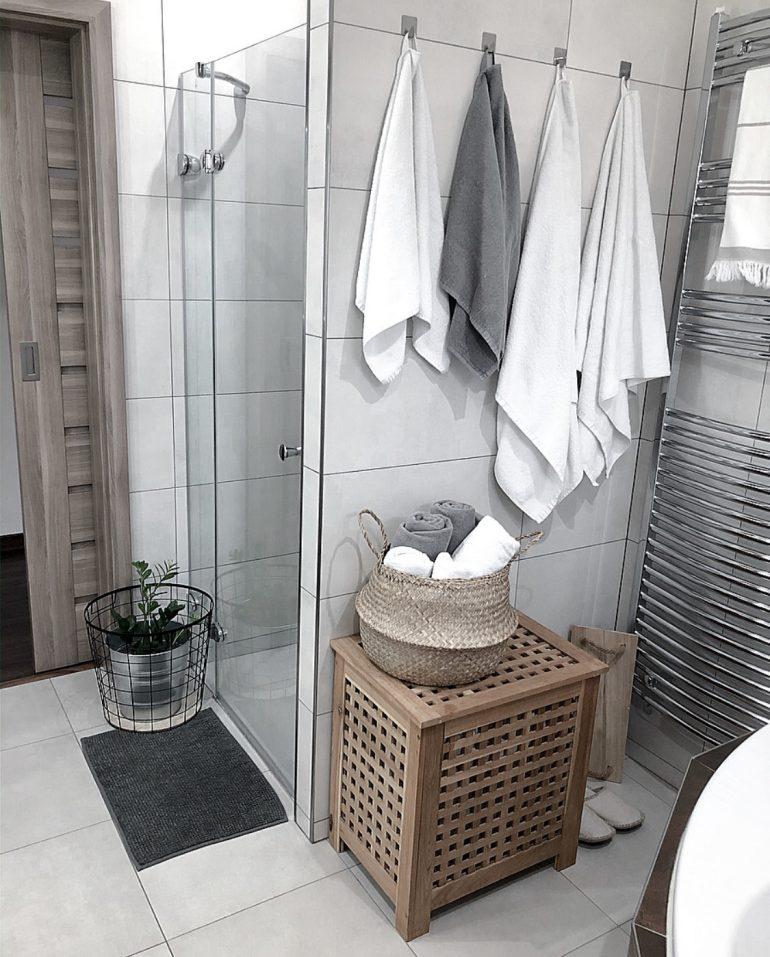 koupelna s přírodními doplňky