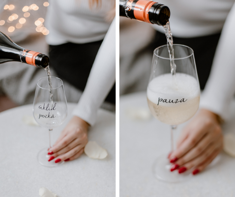 skleničky na víno s nápisem