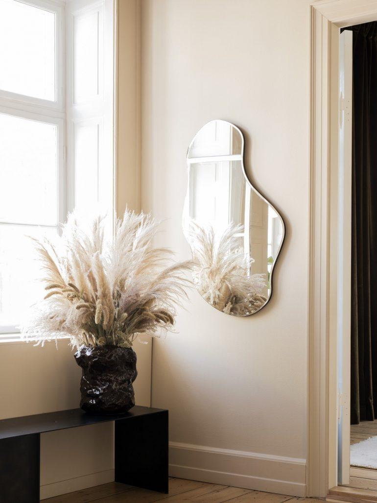 designové zrcadlo Ferm